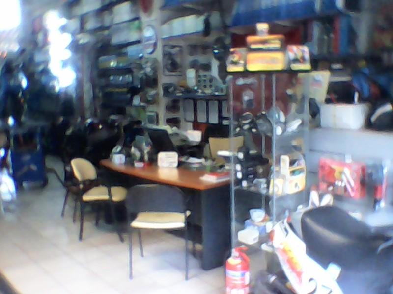 ΦΑΝΑΡΙ ΕΜΠΡΟΣ PIAGGIO-ZIP-50-2T-ORIGINAL-291772 - € 15 EUR